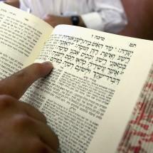 Religious Jewish Kabbalah (Jewish mysticism) scholars study in Kabbalist Rabbi Yitzhak Kadouri's synagogue August 4, 2004 in Jerusalem, Israel. (Photo by David Silverman/Getty Images)