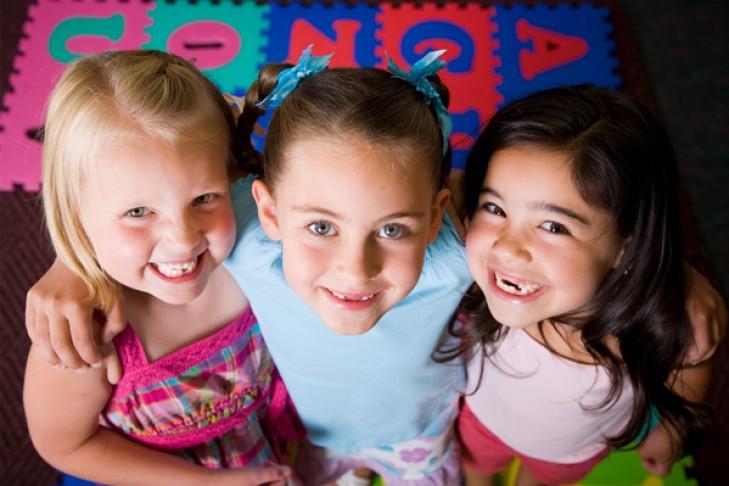 girls-in-preschool