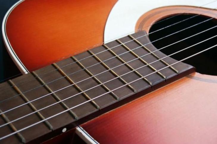 musical_shabbat_-_guitar