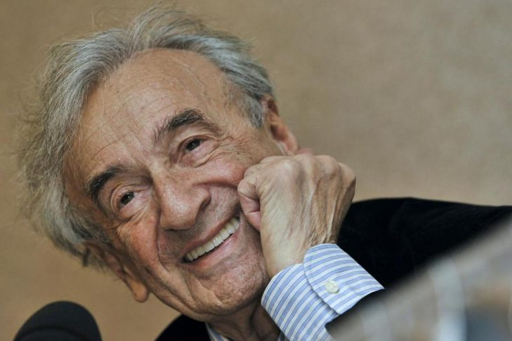 Elie Wiesel in 2009. (BELA SZANDELSZKY/ASSOCIATED PRESS/FILE)