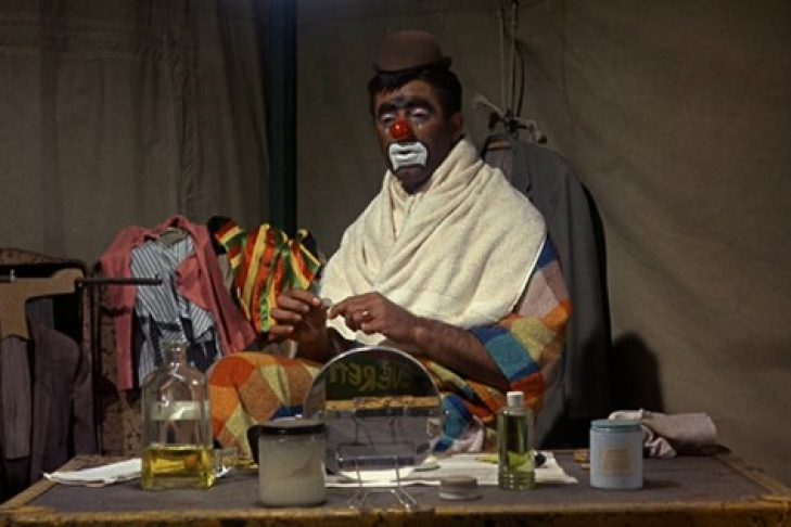 jerry-lewis-the-man-behind-the-clown-photo_11-extract-from-_the-family-jewels_-1965-credit-jerry-lewis-films-inc