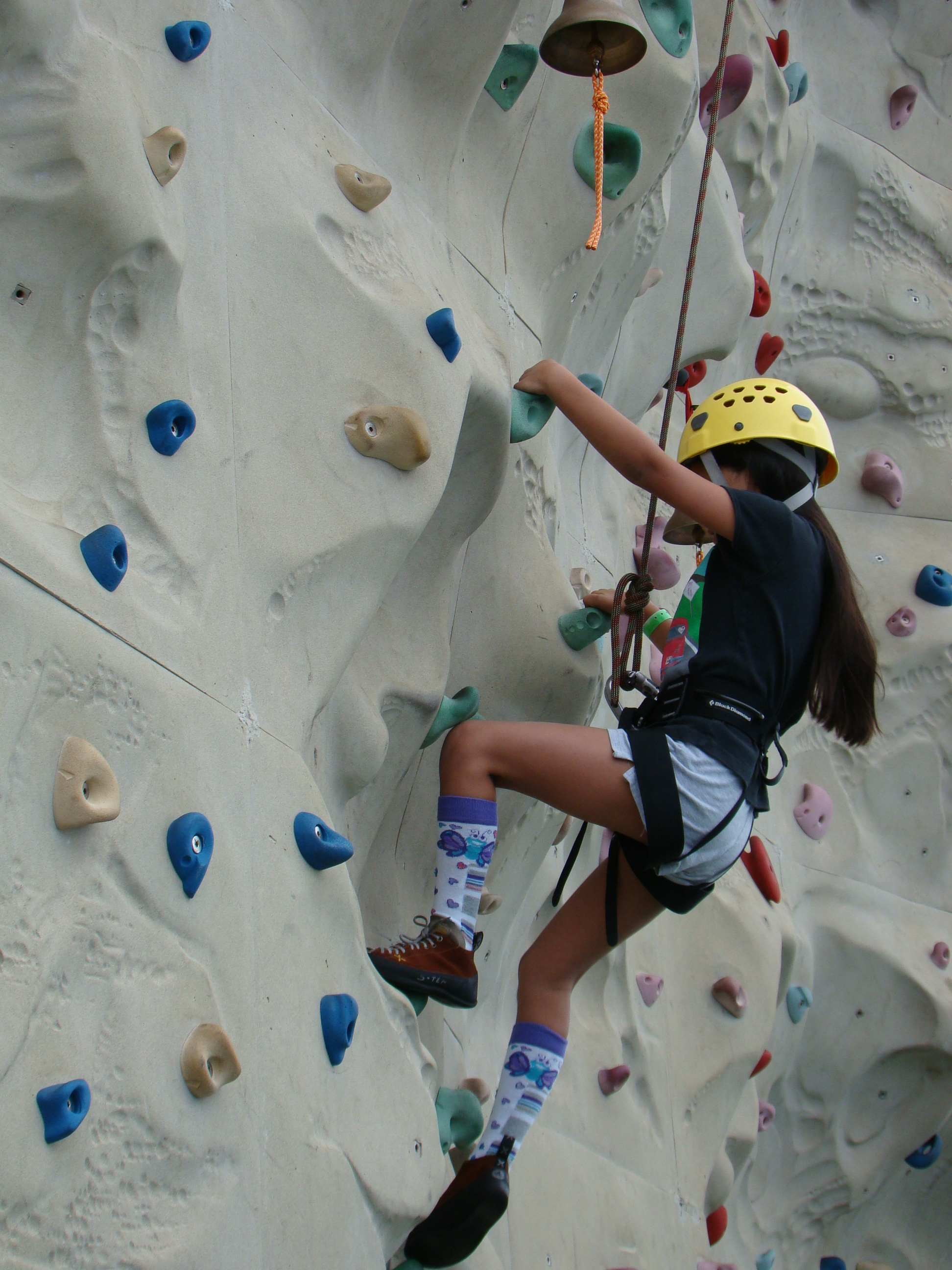 New England Yachad Goes Rock Climbing | JewishBoston