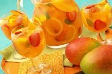 sparkling-mango-strawberry-sangria-non-alcoholic