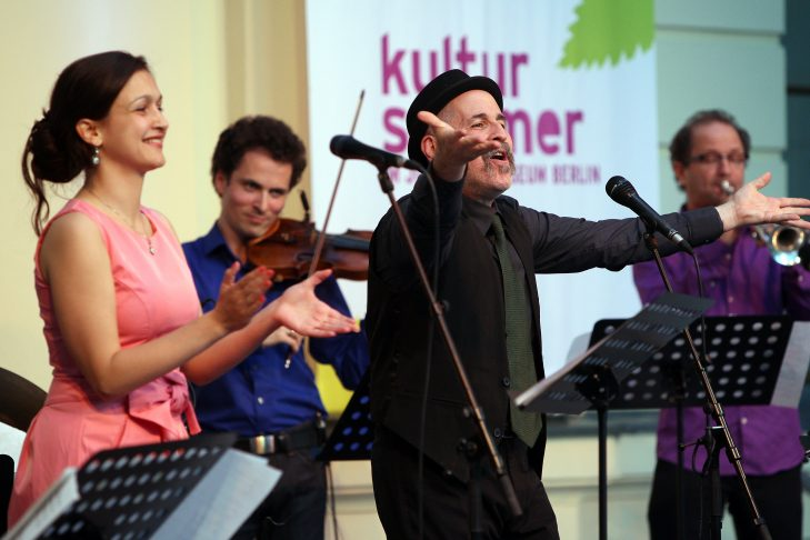 Alan Bern & The All-Star Band in the Jewish Museum in Berlin on July 12, 2012. (Photo: Adam Berry)