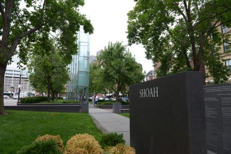 Photo by Lloyd Mallison