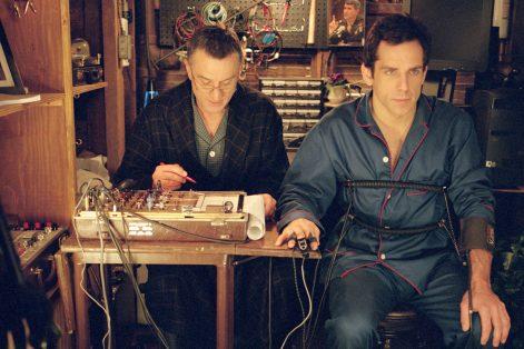 """Ben Stiller and Robert de Niro in """"Meet the Parents"""" (2000)"""