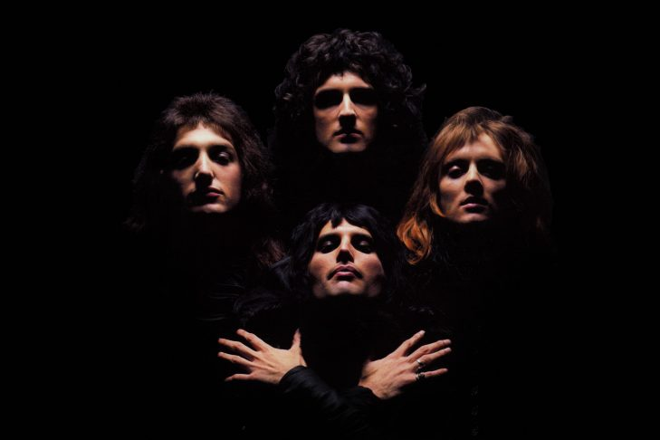 """Freddie Mercury and Queen on the cover of their album """"Queen II"""" (Promotional image)"""
