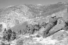 Marines in combat during the Korean War (Photo: Sergeant Frank C. Kerr/U.S. Marines)