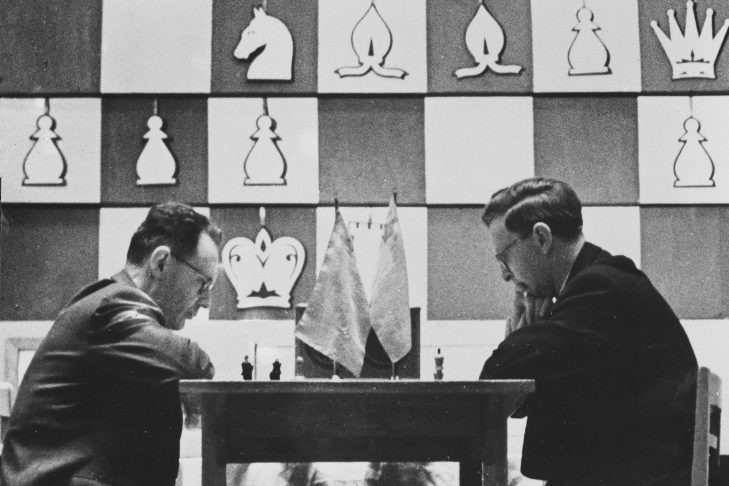 Mikhail Botvinnik and Vasily Smyslov (Photo: Anefo/Wikimedia Commons)