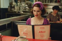 """Rachel Brosnahan as Midge Maisel in """"The Marvelous Mrs. Maisel"""" (Promotional still)"""