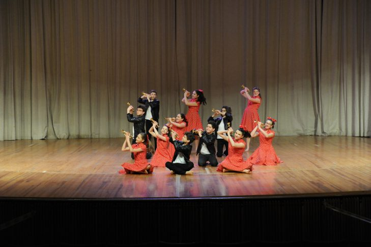 Rashi middle-school students perform at an Israel dance festival (Photo: Emily Sper)