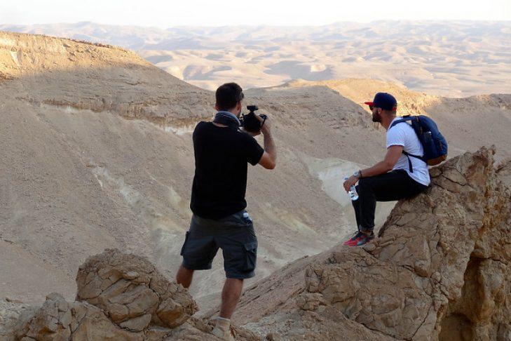Julian Edelman at Makhtesh Ramon in Israel's Negev desert in 2015 (Photo: Dan Seligson)