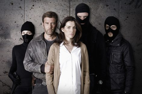 """Hostages"" (Promotional still: CBS)"