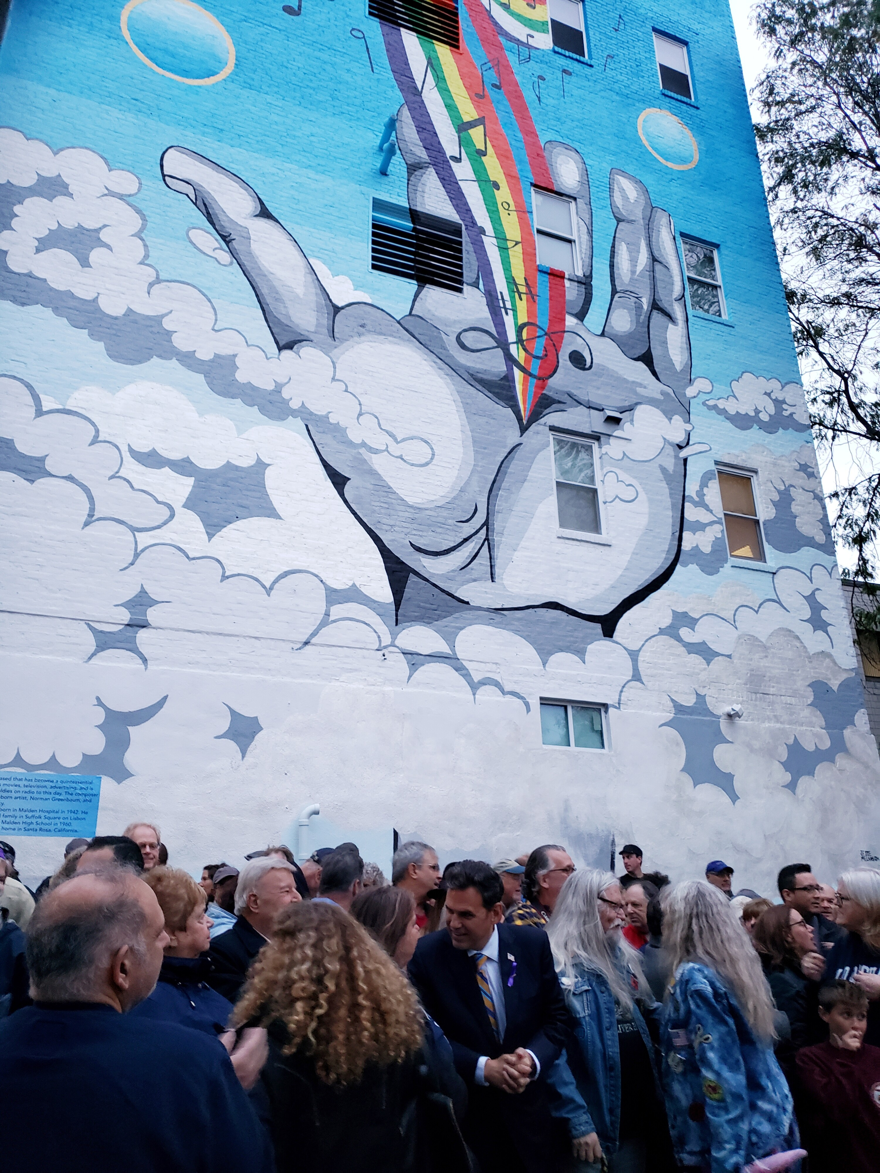 Malden Mayor Gary Christenson in the center of the crowd at the mural (Photo: Susie Davidson)