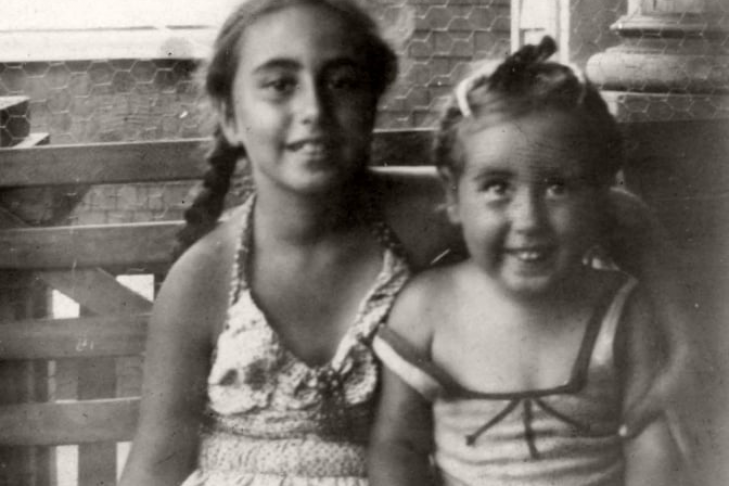Sheila and Marilynn Brass on the front porch of Sea Foam Avenue in 1945 (Photo: Harry Brass)