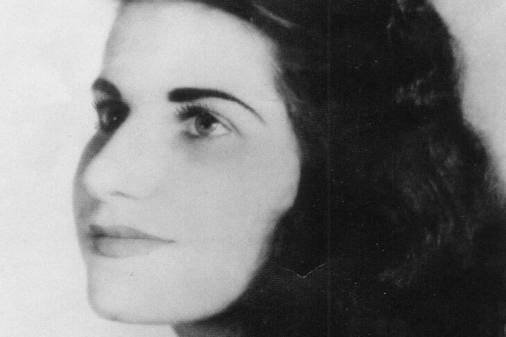 Judy Bolton-Fasman's mother, Matilde, at age 19 (Courtesy Judy Bolton-Fasman)