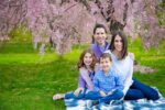 Lori Weiss and her family (Courtesy photo)