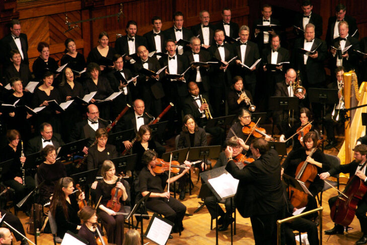 "Coro Allegro performing Robert Stern's ""Shofar"" in 2009 (Courtesy photo)"