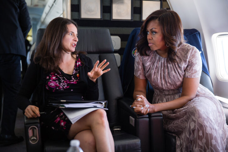 First Lady Michelle Obama meets with Sarah Hurwitz and staff aboard Bright Star during the flight from Joint Base Andrews, Maryland, to Santa Fe, New Mexico, on May 26, 2016. (Official White House Photo by Chuck Kennedy)