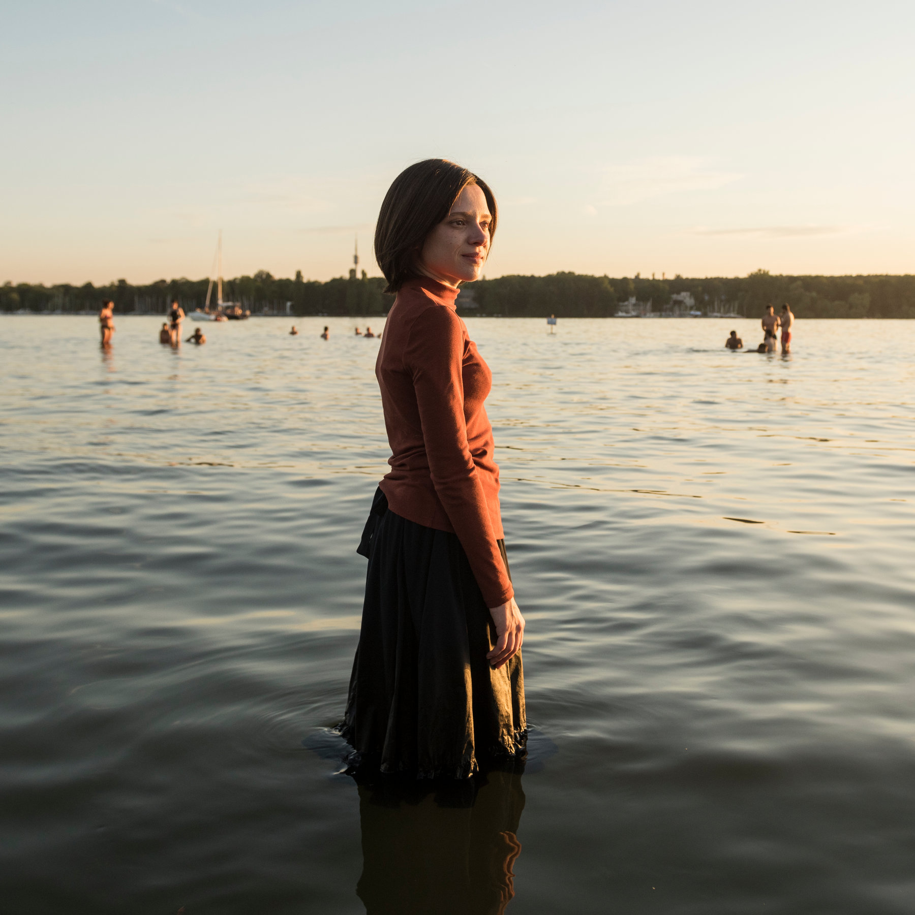 "Shira Haas in ""Unorthodox"" (Promotional still: Netflix)"