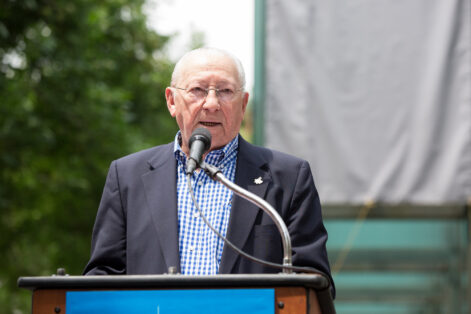 Izzy Arbeiter speaks at the New England Holocaust Memorial rededication on June 8, 2018 (Photo: Collin Howell)