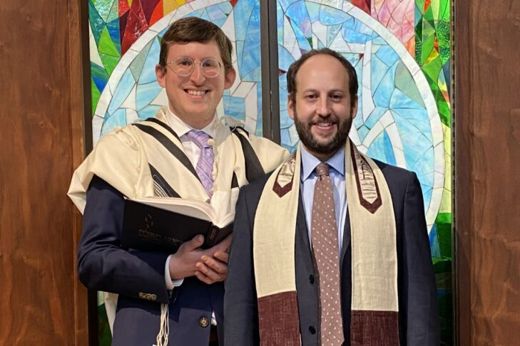 Rav Samuel Blumberg and Cantor David Wolff (Courtesy photo: Temple Beth Am of Framingham)