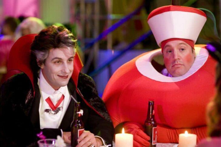 "Adam Sandler and Kevin James in ""Hubie Halloween"" (Promotional still: Netflix)"