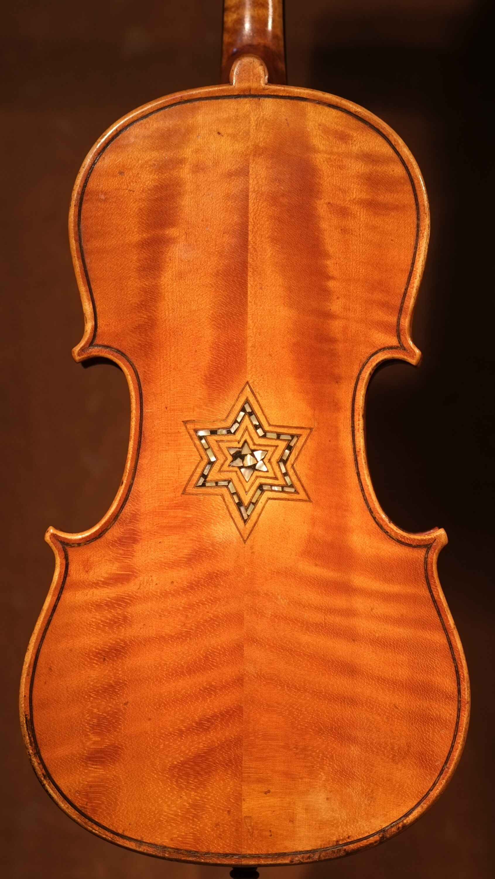 The Bielski violin, a klezmer instrument with a mother of pearl Star of David; German-made circa 1870 (Photo: Violins of Hope)