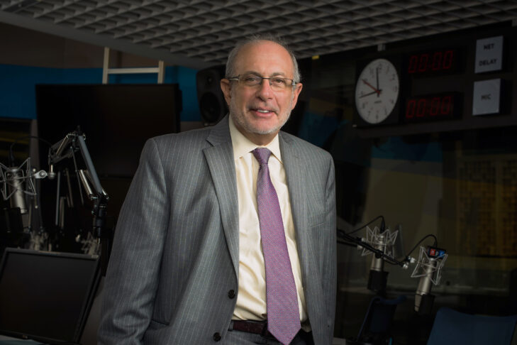 Robert Siegel hosted NPR's All Things Considered for 30 years. He retires after working at NPR for over 40 years.