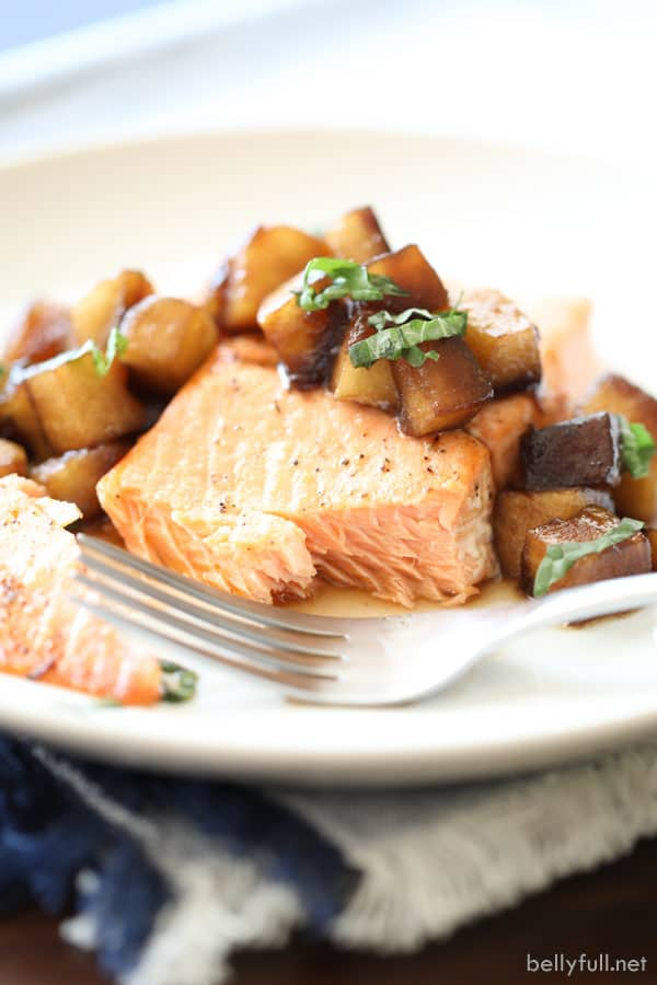 Grilled Salmon With Balsamic-Honey Apples