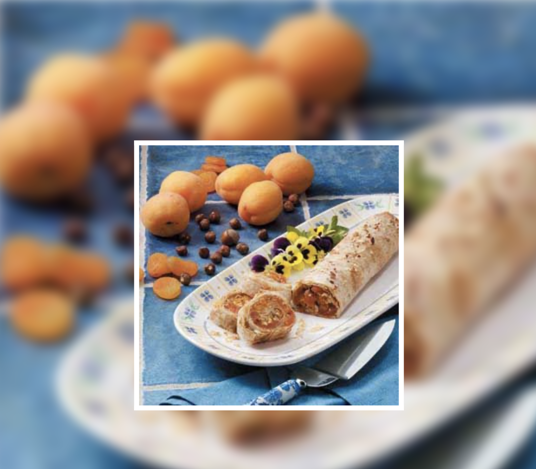 Hazelnut Apricot Strudel 2_Taste of Home