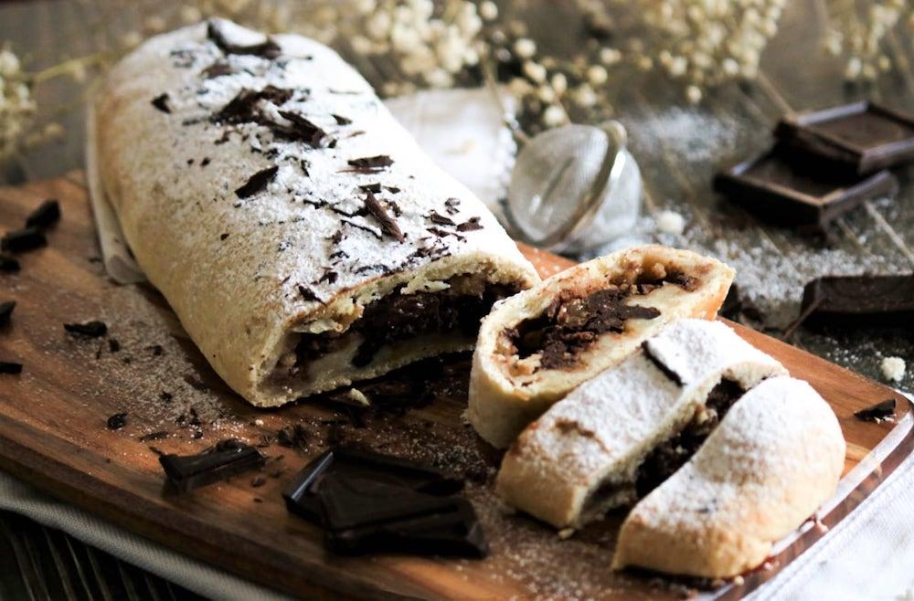 Pear_Chocolate_Strudel_recipe-1_Nonna Box